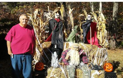 Ironton Estates 2017 Halloween Porch Decorating Contest